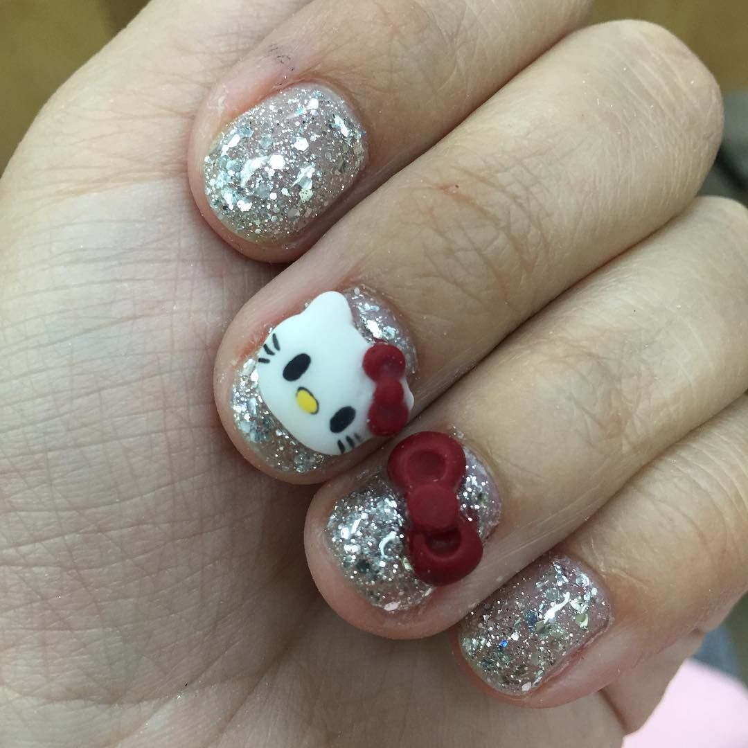 Had time to put hello kitty on my nails!   Nails, Nail art ...