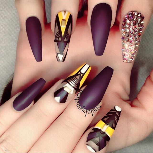 20 Black Nail Artists On Instagram Who Slay The Manicure: Instagram Post By Tina (@nailsbymztina)