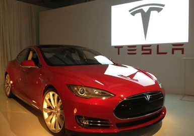 The gearheads at motor trend have named the all electric tesla model the gearheads at motor trend have named the all electric tesla model s the car of malvernweather Gallery