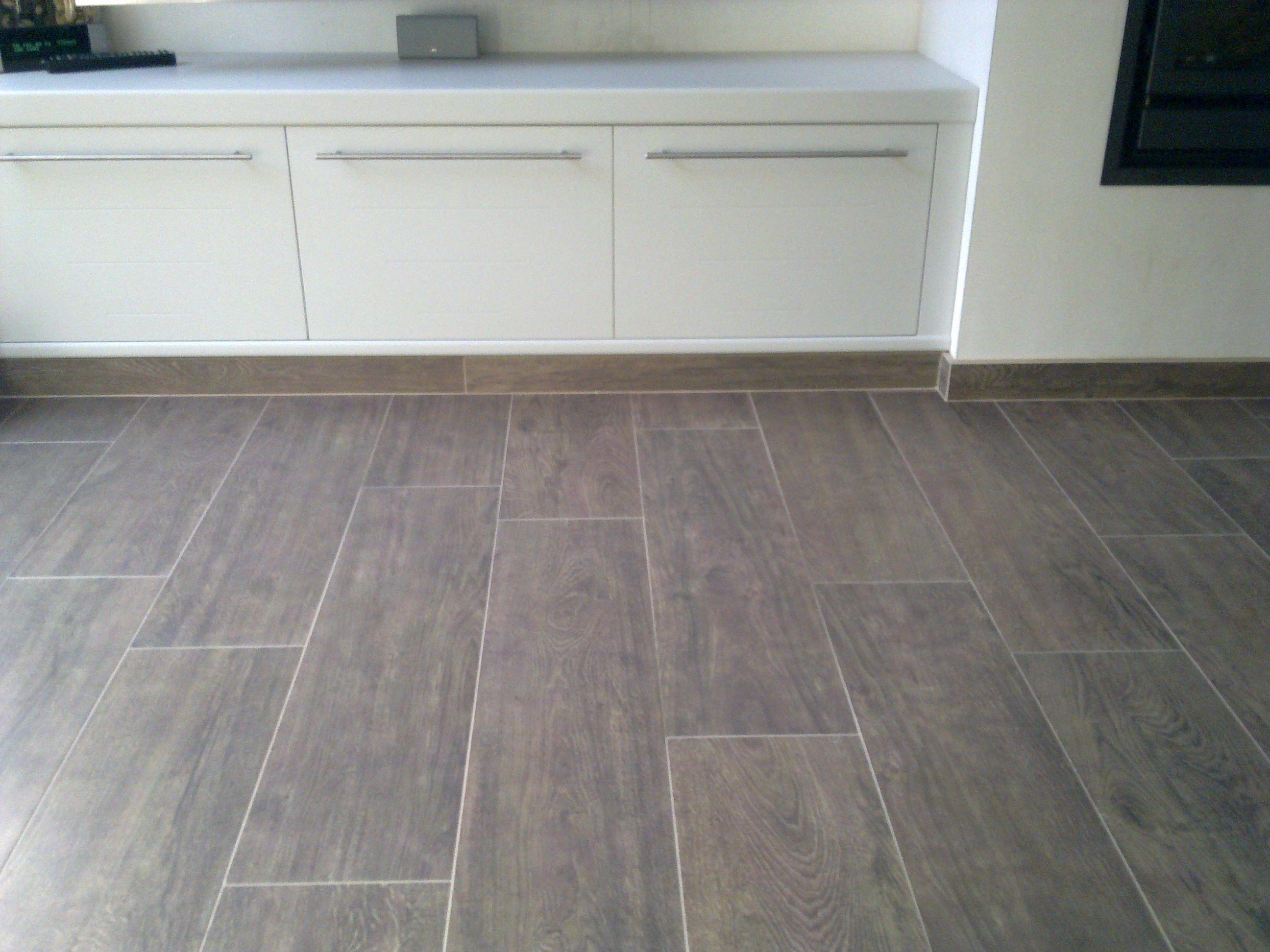 keramische parket vloer een vloer met het mooie warme uitzicht van