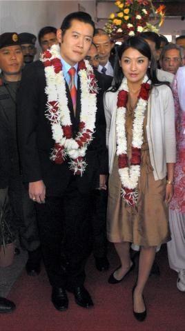 King Queen Of Bhutan Visit India Royal Fashion Royal Dresses Gorgeous Women