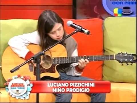 """Lucciano Pizzichini - En el programa """"Desayuno Americano """" toca y canta ..."""