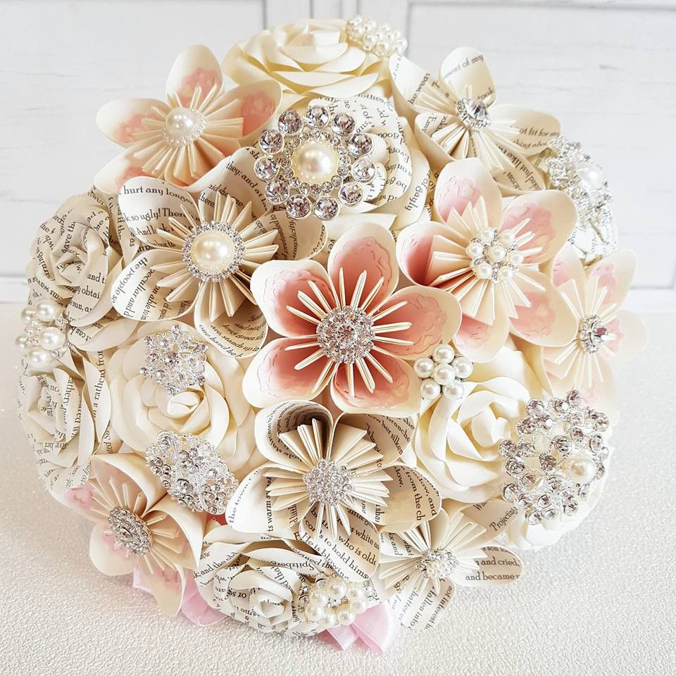 Book Page Brooch Paper Flowers Projects To Try Pinterest Paper