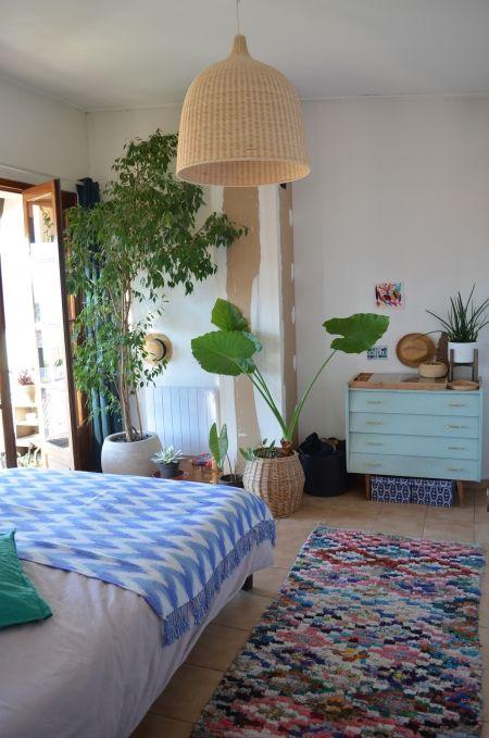 Dormir avec des plantes dans la chambre danger bedrooms home decor home bedroom - Plante dans la chambre ...