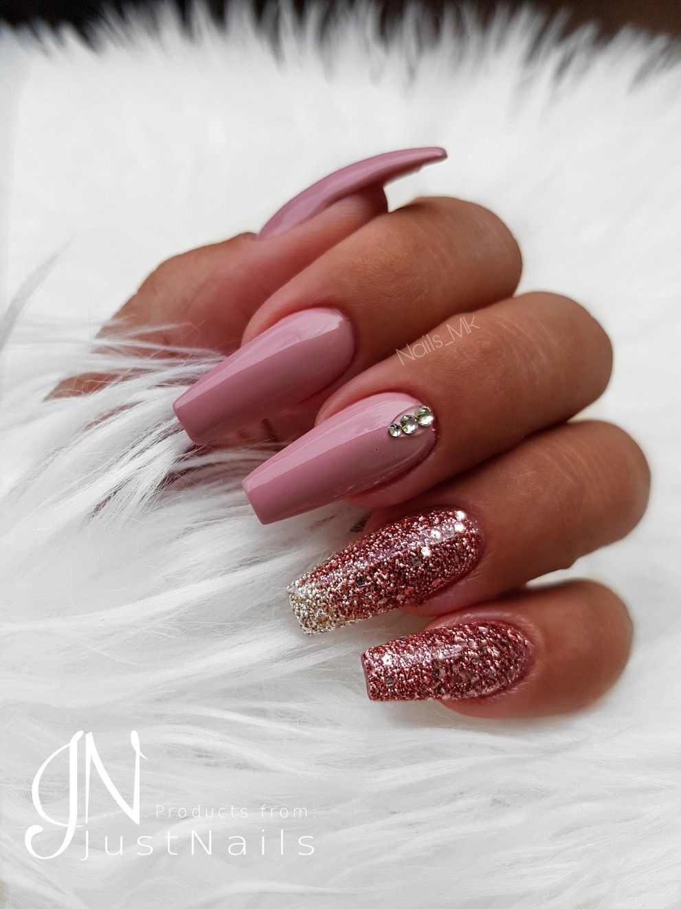 Coffin Nails With One Rose Gold Glitter