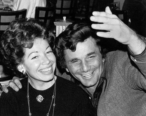 Alyce Mayo Passed Away On March 7 2016 In Los Angeles California Funeral Home Services For Alyce Are Being Provided By Columbo Peter Falk Columbo Peter Falk