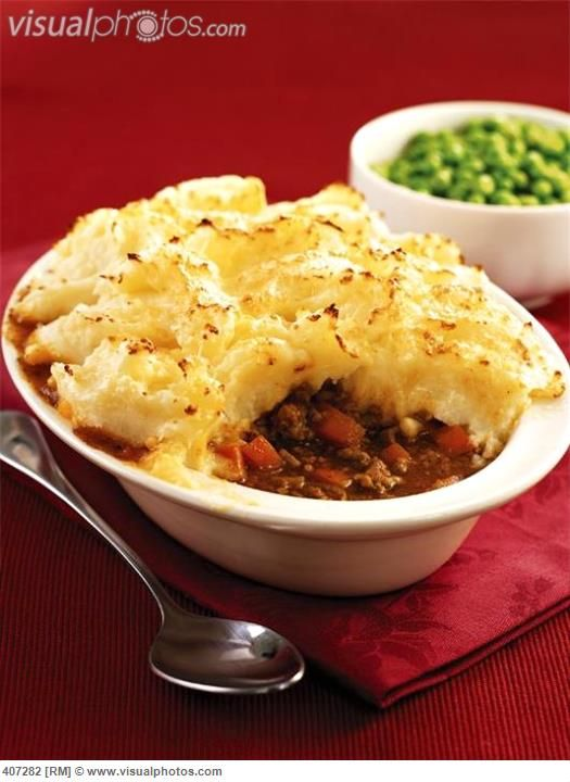 peas and mashed potatoes recipe | Shepherd's pie with peas (Mince with mashed potato topping, UK ...