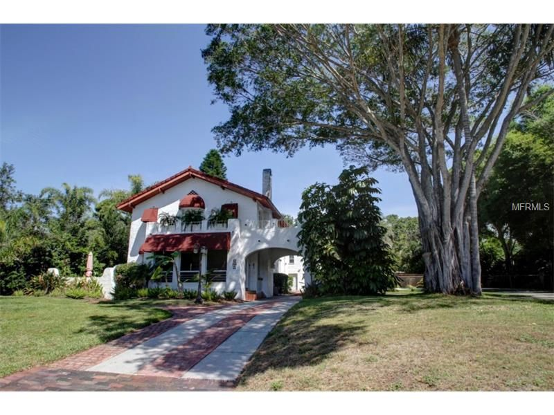Magnificent 1924 Spanish Mediterranean Home Just 2 Blocks To Stetson Law School In Gulfport The Home Featu With Images Maine House Mediterranean Home Tropical Landscaping