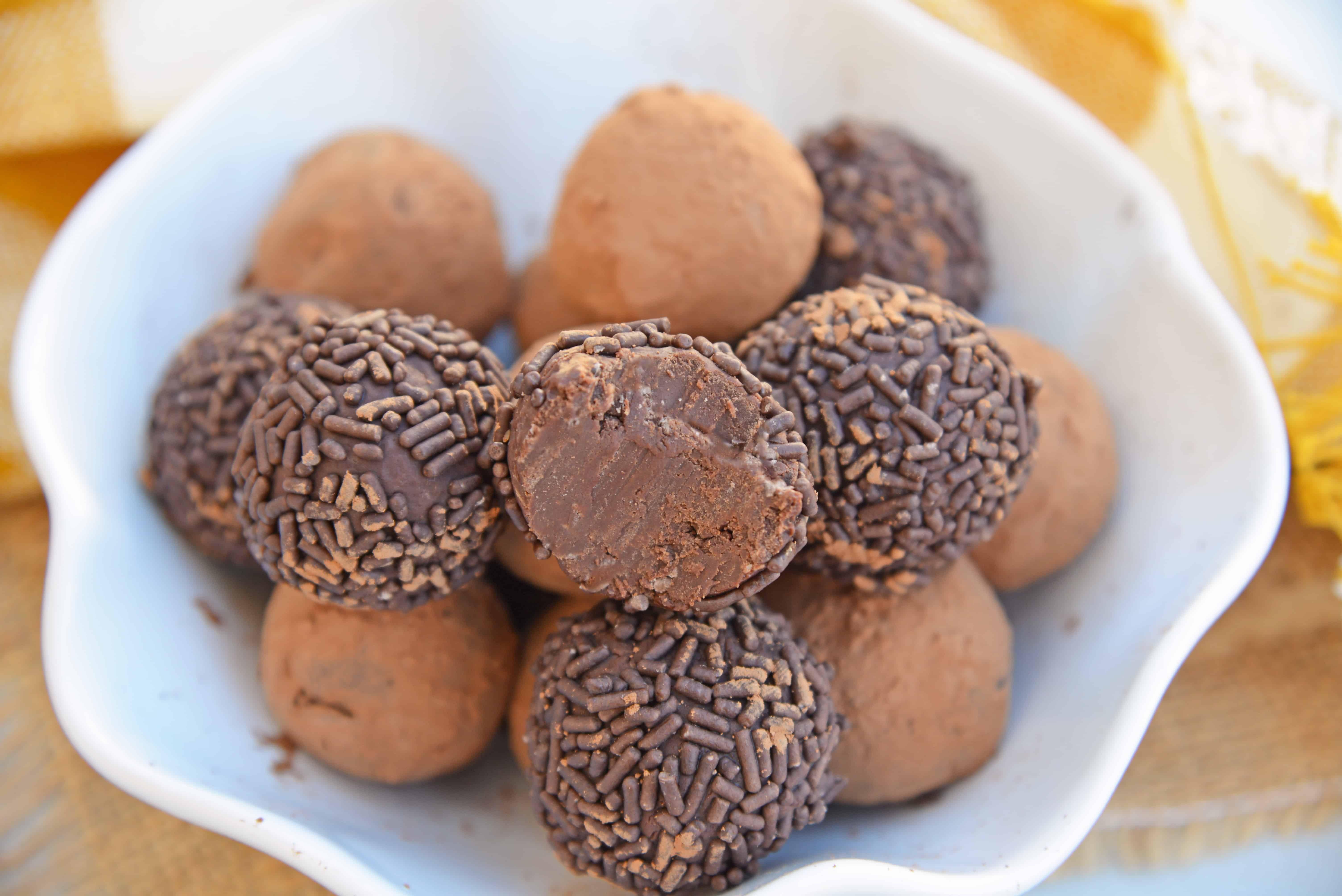 Easy Chocolate Truffles Truffles Using Condensed Milk Easy Chocolate Truffl Chocolate Truffles Easy Chocolate Truffles Packaging Chocolate Truffles