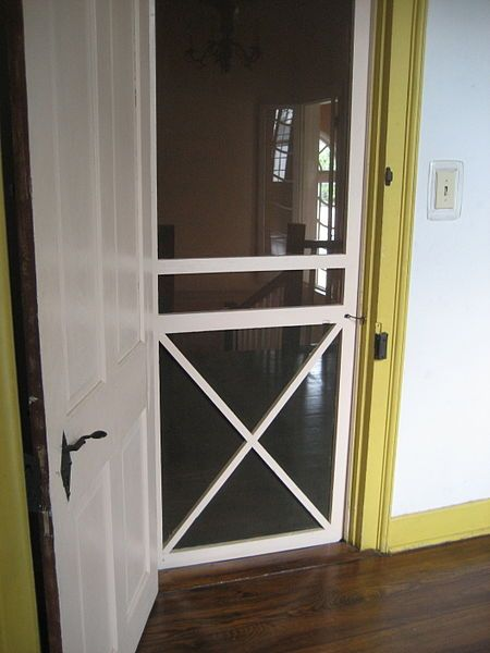 Bedroom Screen Door: Interior Screen Door For Guest Room To Keep Out Cats But