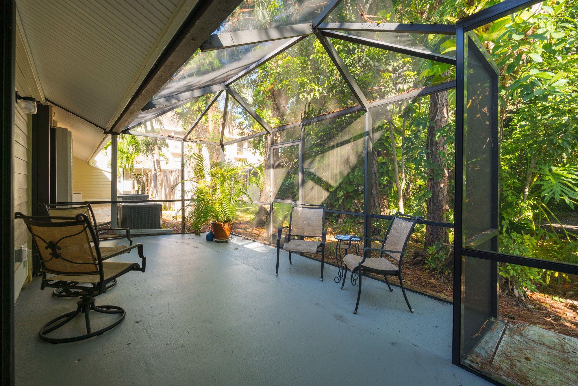 The Patio Has Privacy Trees Floridahomes Interiordesign