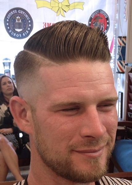 Medium Skin Fade Pomp Mens Haircuts Pinterest Frisur