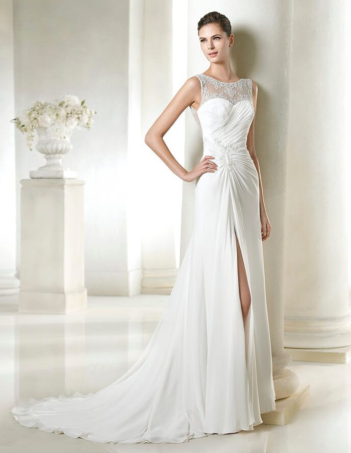 3e7b8acc953b St. Patrick wedding dress. Bridal collection 2015. San Patrick. Illusion  neck and back