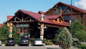 Wyndham Resorts At Glacier Canyon Great Wolf Lodge With Images