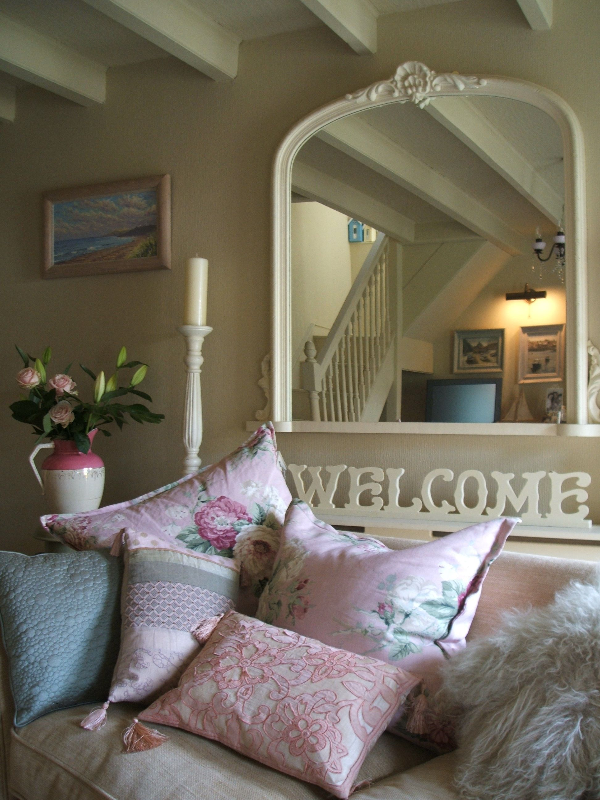 English Country Cottage Living Room Inspiration Helen Charlton  # Beestudio Muebles