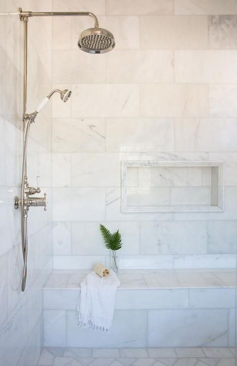 15+ Outstanding Bathroom Shower Tile Ideas (Worth-Trying Inspiration) #showertiles