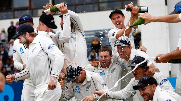 New Zealand crush Sri Lanka by 193 runs to seal 2-0 series victory
