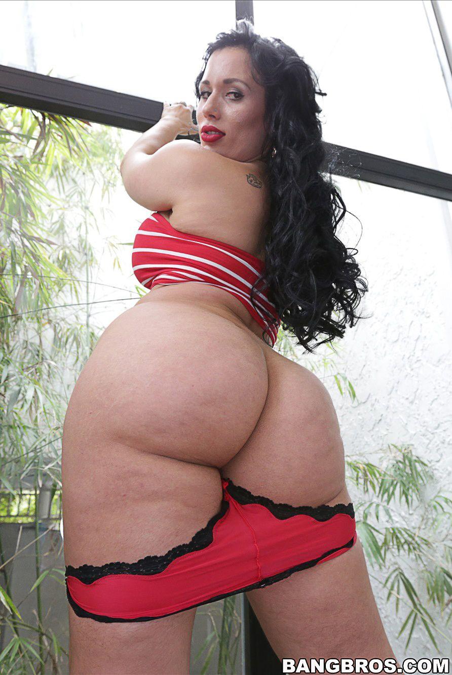 Carmen De Luz Pics