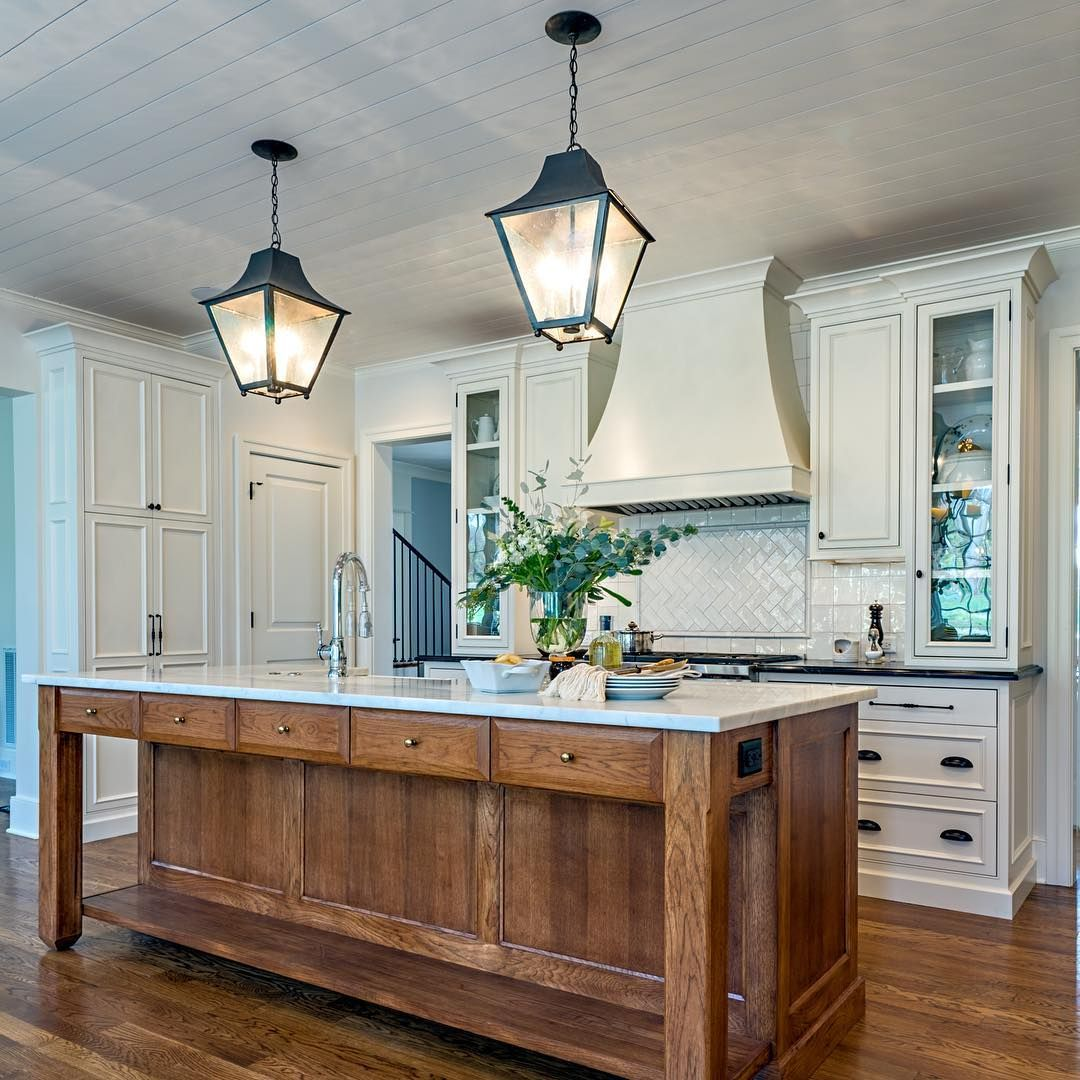 Classically current gourmet kitchen. Forever timeless ...