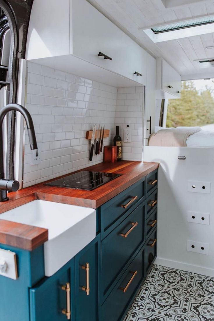 Photo of 20+ Fantastic Rv Camper Kitchen Renovations Ideas For Early Enjoyable Camping Pr…