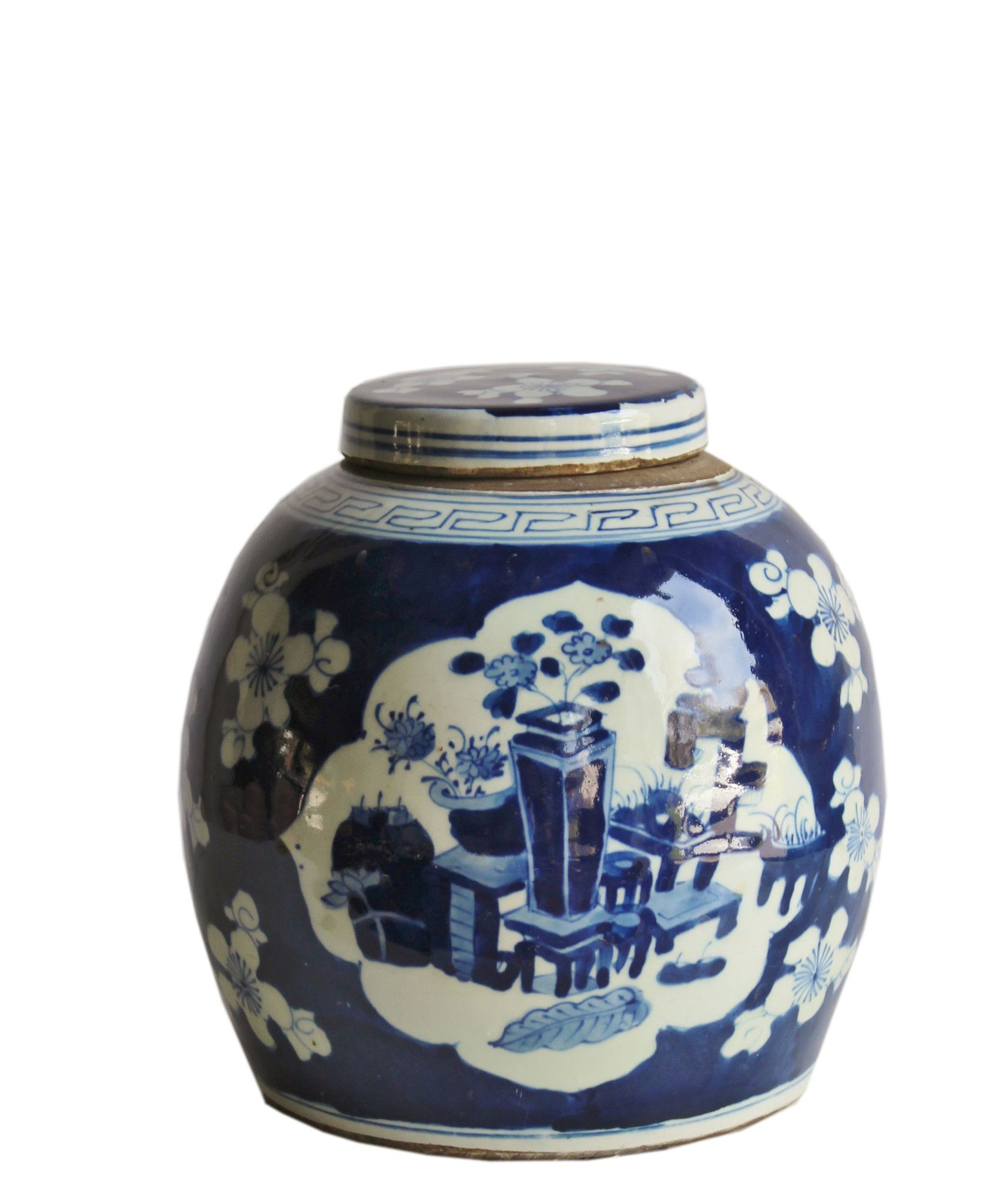 Blue White Ceramic Ginger Jar Garden Pots Painted And Featuring A Clic Shape Planter Scene Excellent Qual