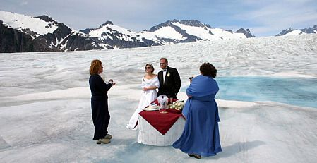 Alaska Destination Wedding On A Glacier Aae Www Ashleyadrienevents