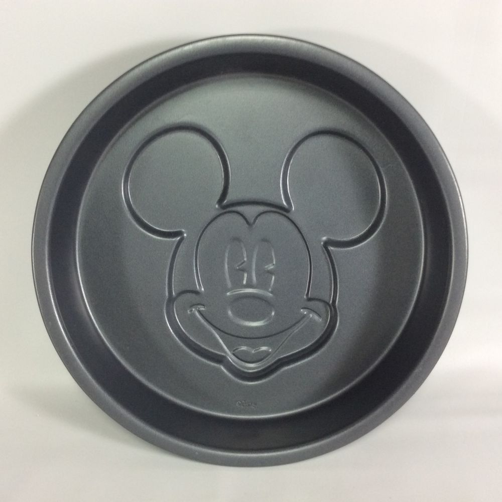 Disney family bakery mickey mouse cake pan 105 inch non