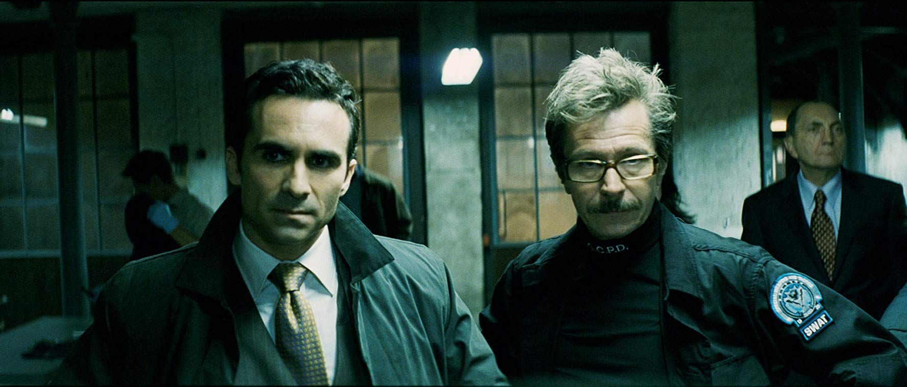 Gary Oldman And Nestor Carbonell In The Dark Knight 2008 Com