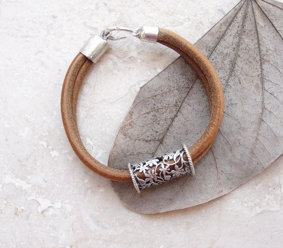 Leather Oriental Bracelet Leather and Metal by StarDelights
