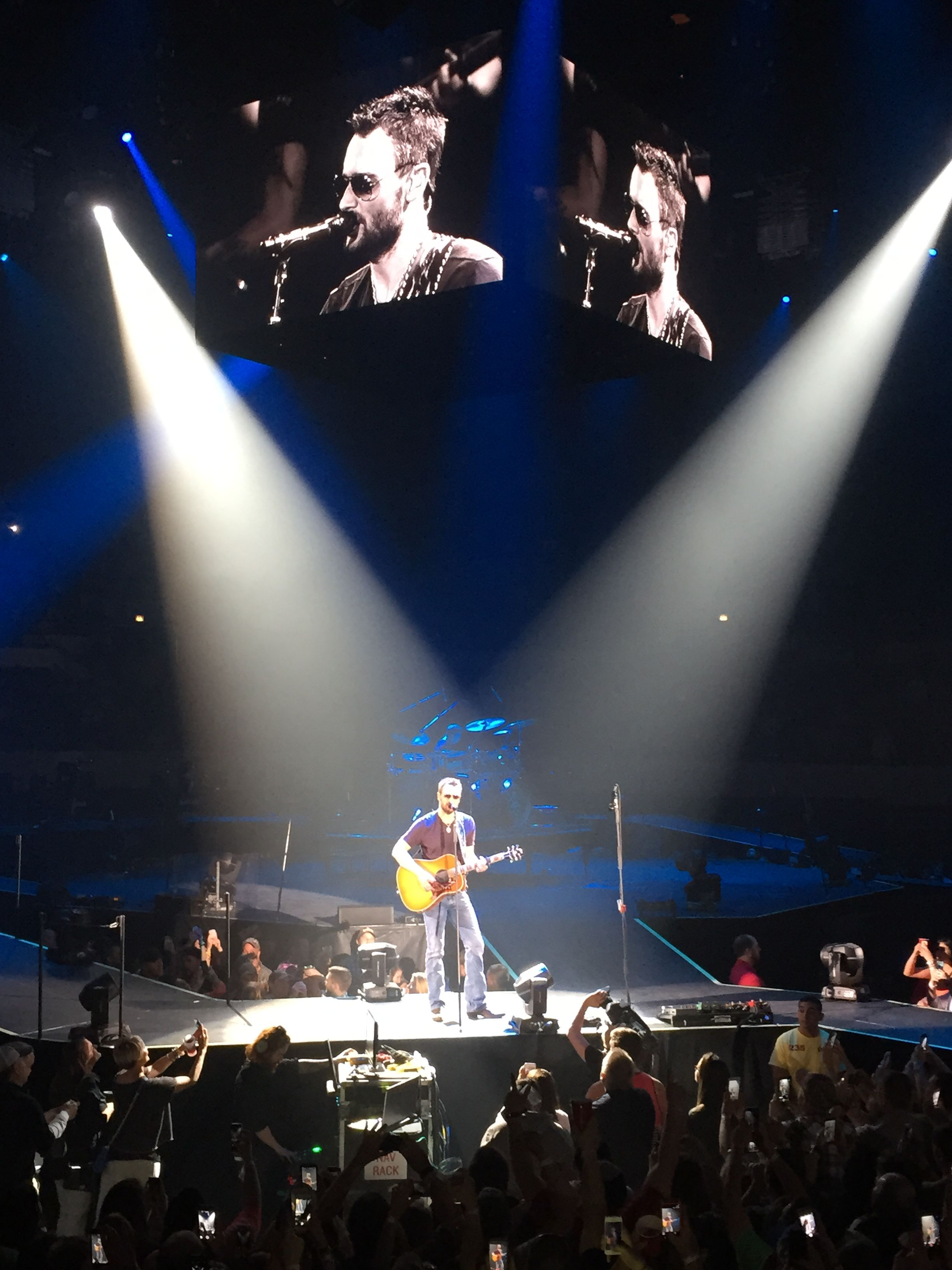 #EricChurch live at Hampton Coliseum Virginia 4/24/15