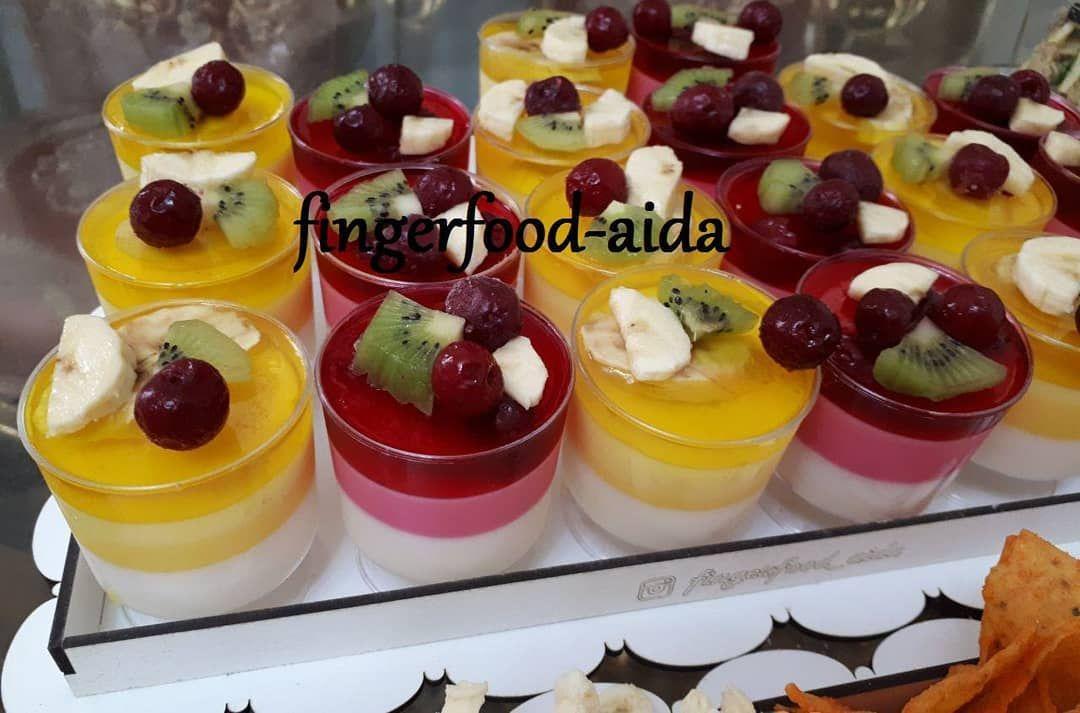 فینگرفودآیدا ژله میوه ای دسر ژله مهمانی جشن تولد نامزدی عروسی پاگشا سالگردازدواج خدمات مجالس Fingerfood Aida Food Desserts Mini Cheesecake