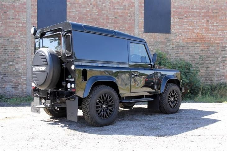 defender pin land with berkshire sale rover pick up in classic sports for landrover