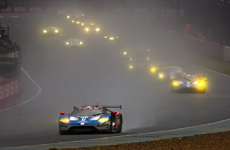 Ford Gts Storm Le Mans 50 Years After Its Historic Win Ford Goes
