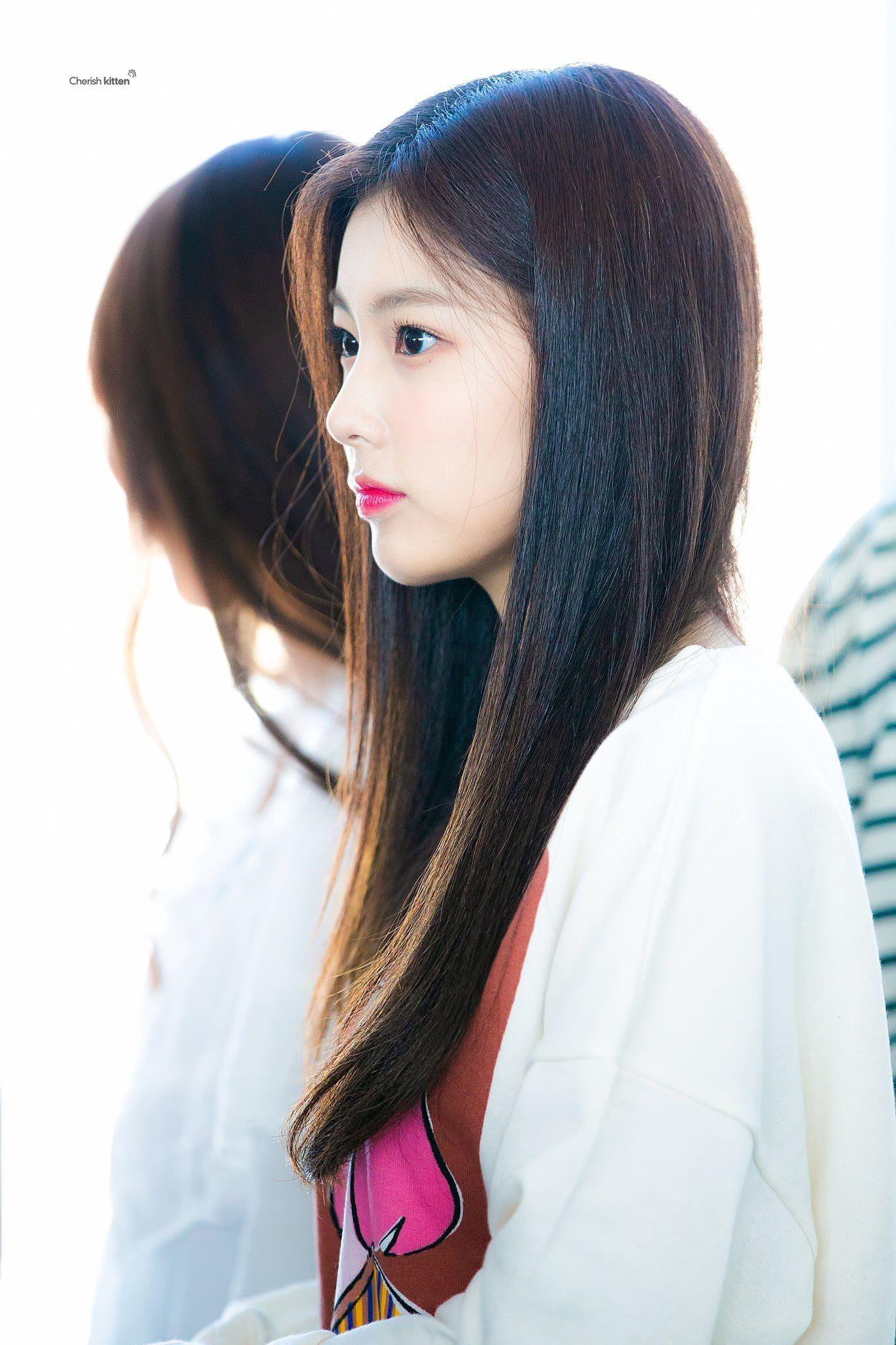 kang hyewon #강혜원 ♡ #IZONE #아이즈원 | Kang Hye Won 강혜원-8D ...