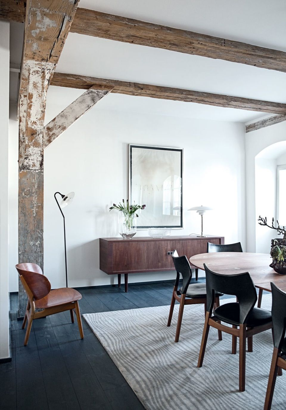 The decor & details in this extraordinary Danish home are to die for ...