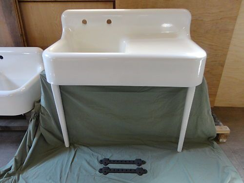 Nice Antique Drainboard Cast Iron Farm Farmhouse Kitchen Sink With Legs Vintage