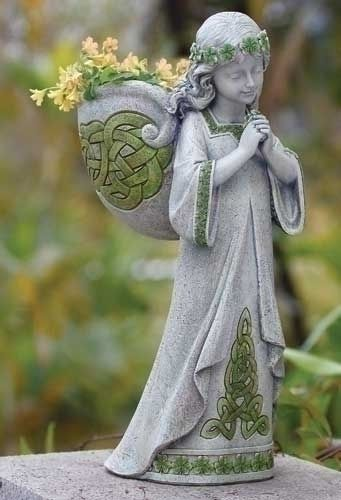 Outdoor SITTING ANGEL HALO SOLAR LIGHT STATUE Memorial Peace Garden Flower Rose