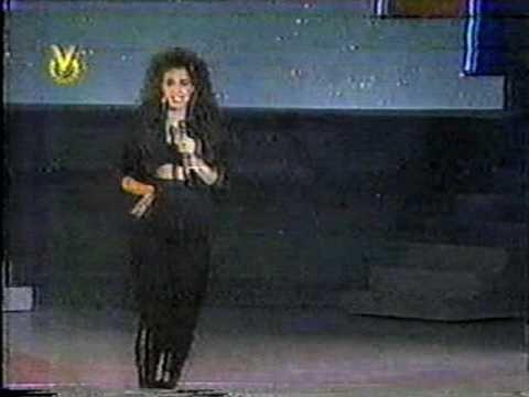 """Kiara - """"Tú me faltas tú"""" en La Gala de la Belleza 1989"""