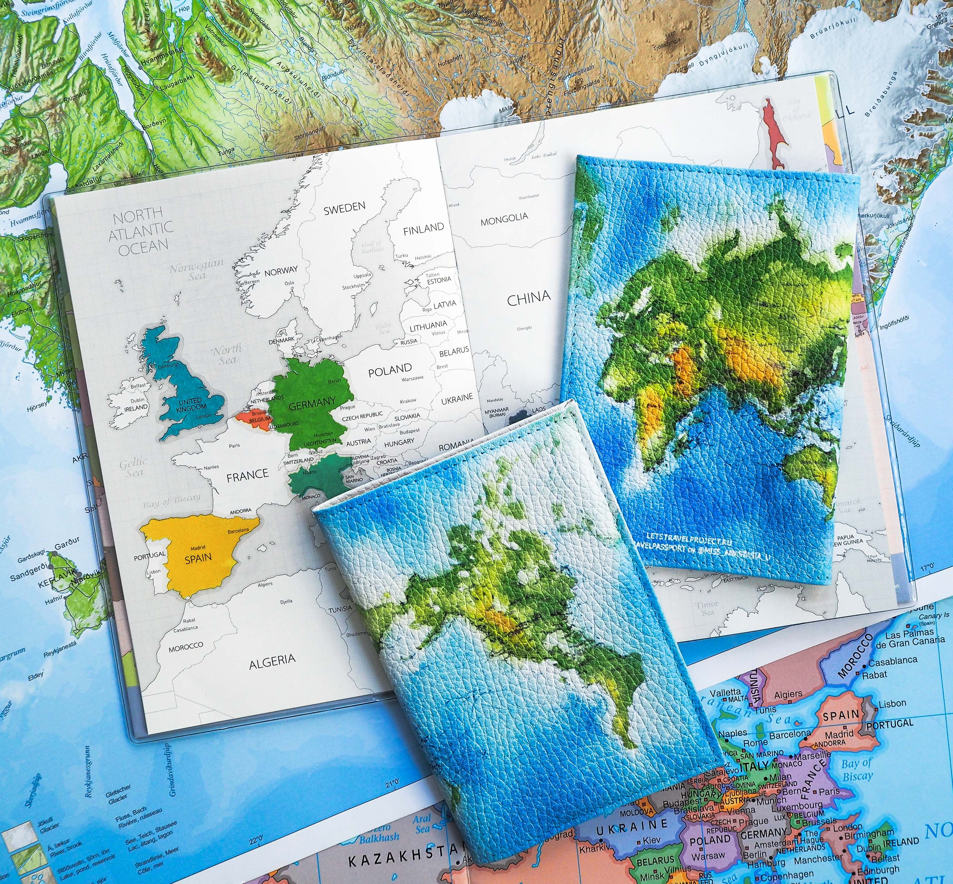 Купить TRAVEL-обложку на паспорт!