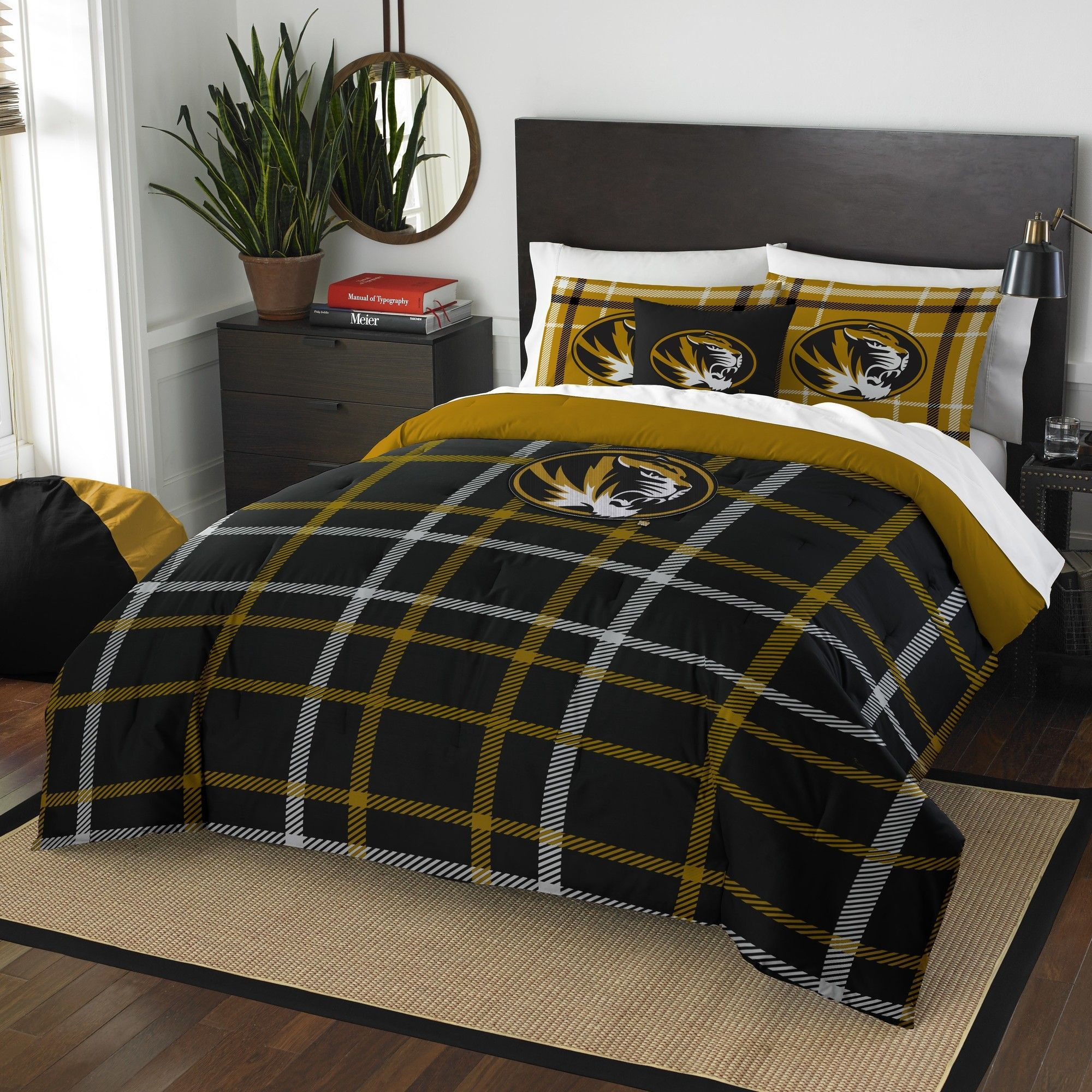 Prove You Are The Fan With This Comforter Bed Set