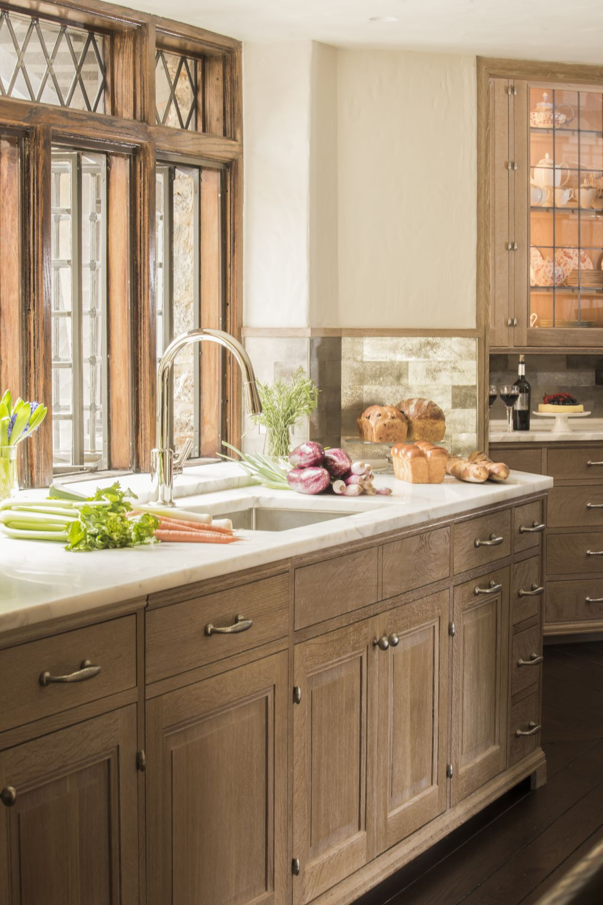 Modern Kitchen Design With Price Cost Of Kitchen Cabinets Kitchen Interior Layout Kitchen Design