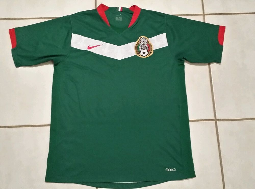 Rare Vintage NIKE Mexico National Team 2006 Soccer Jersey Men s Medium   Nike  Mexico fb110311d