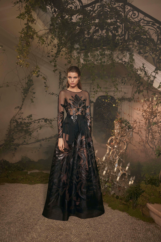 reputable site 2ad64 a951b Alberta Ferretti Limited Edition Spring 2018 Couture Fashion ...