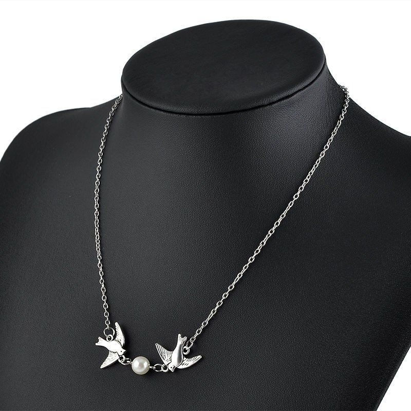 301ce54ad0a75 USA Two Love Birds With Fresh Water Pearl Pendant Silver Chain ...