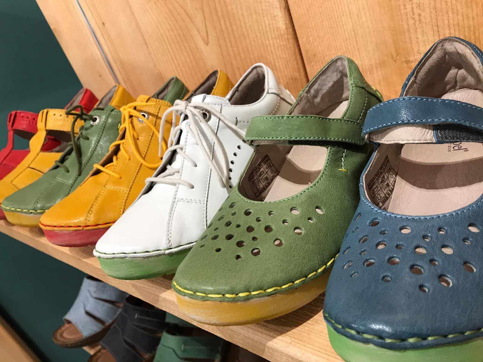 Schuhe in Übergrößen von Josef Seibel bei schuhplus https