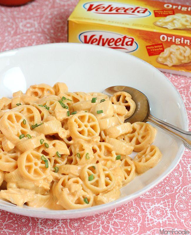 Easy Cheesy Buffalo Chicken Wagon Wheels Pasta