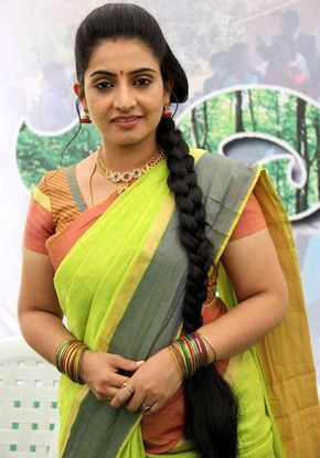 Indian Model TV Actress Sujitha Photos In Yellow Saree