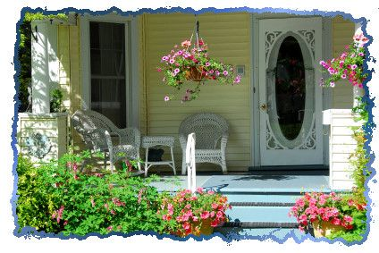 Decorating a Front Porch for Summer