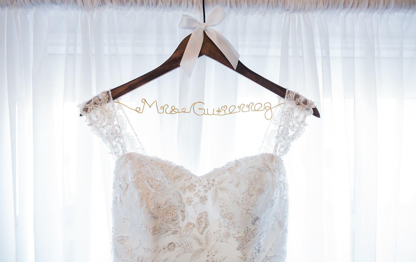 Wedding Dresses, Wedding Gowns, Wedding