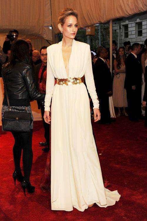 Leelee Sobieski wears a daring low-cut dress by Vionnet